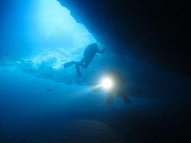 Lustrica-Diving_Sub-Immersione-Grotta-delle-Cipree