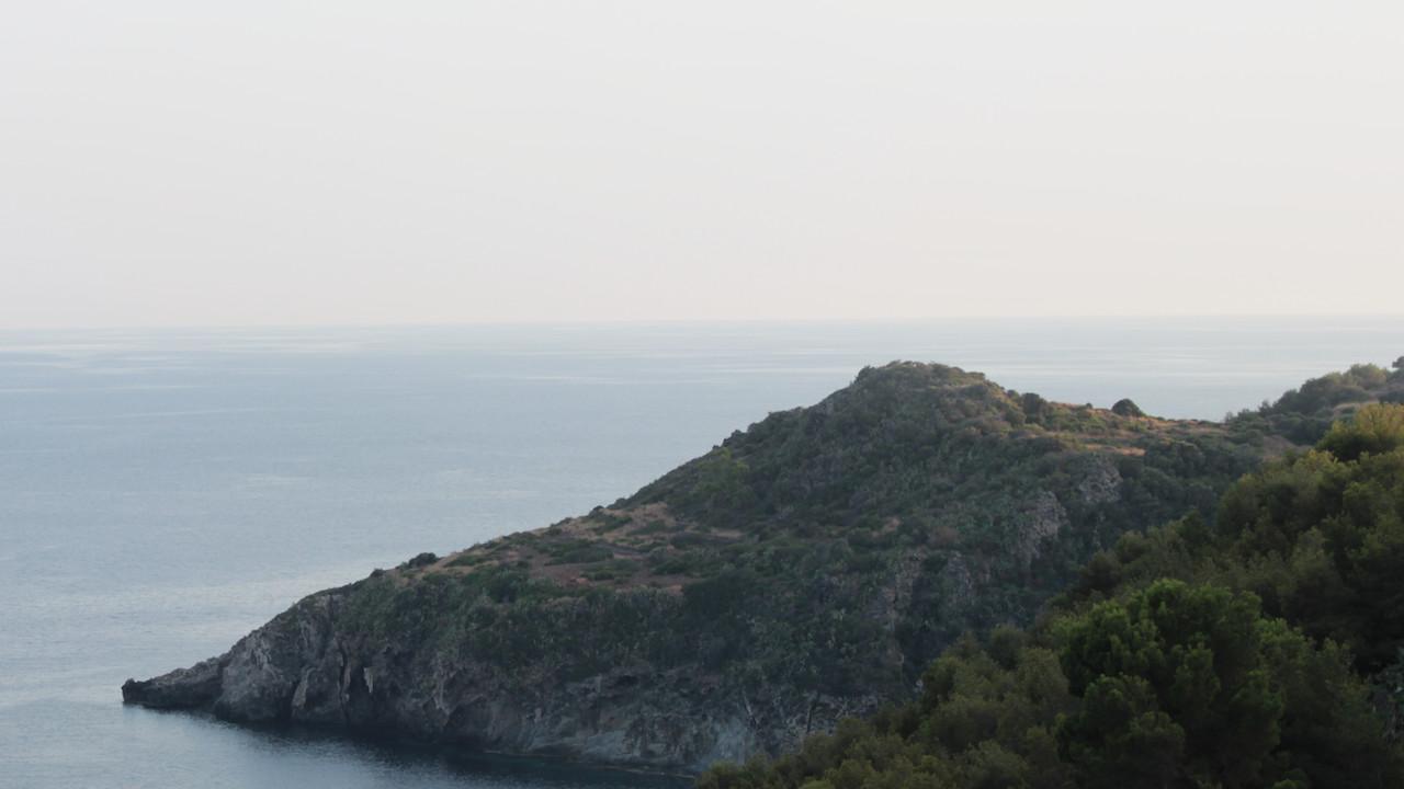 Ustica-oggi-Scorcio-sul-mare-Ustica